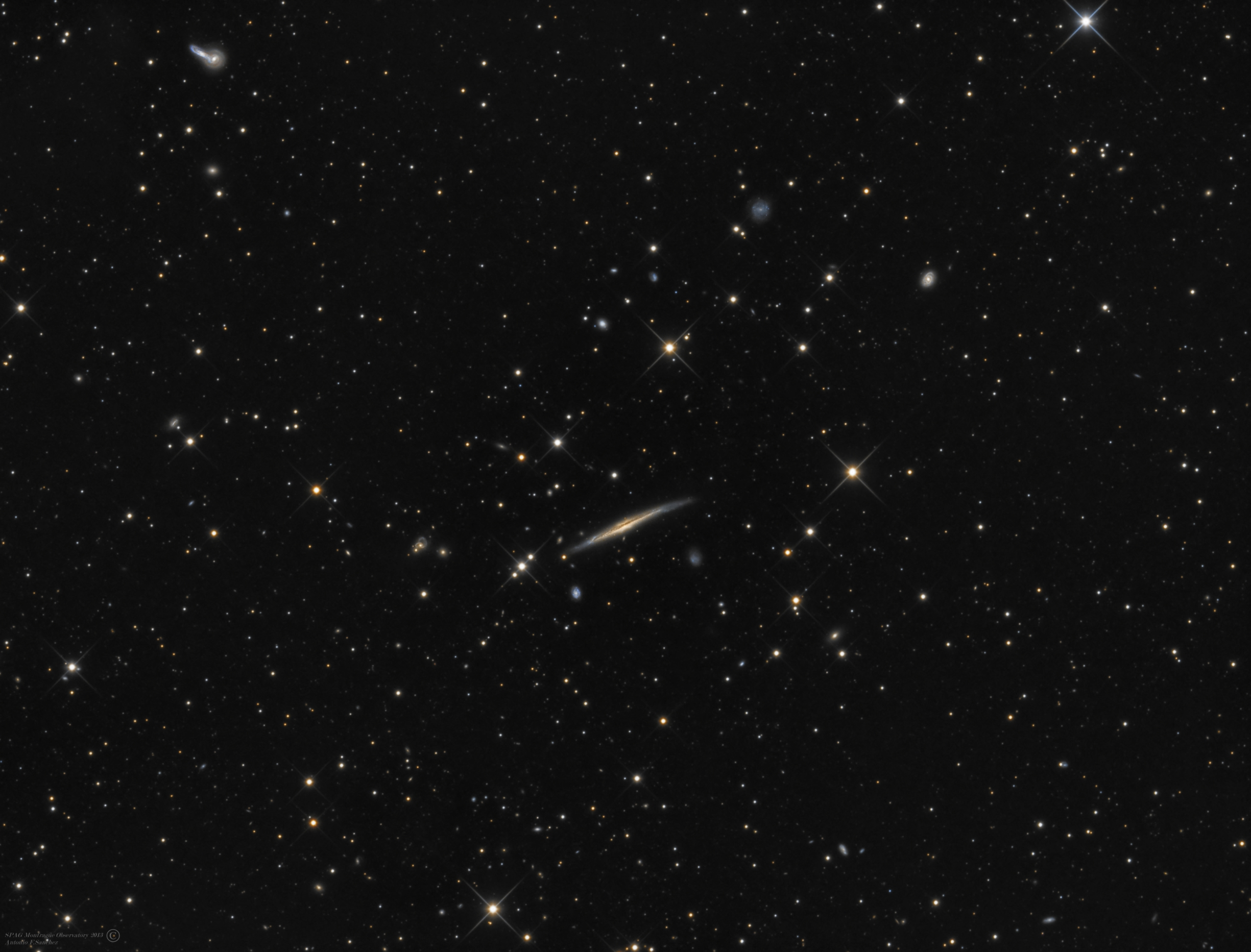 NGC 5529,5527,5544,5545 [Bootes].jpg - NGC 5529 (PAH galaxy), NGC 5527,NGC5544,NGC5545 (Bootes)* April-May 2013 * ASA N12 astrograph (f/3.6, 1078mm) * ASA DDM85 mount * FLI ML8300 at -25ºC * Optec LRGB filter set * L:420m R:140m G:130m B:150m * Unguided *